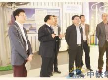 山东省蓬莱市市委常委、宣传部长曹承华(中)莅临指导